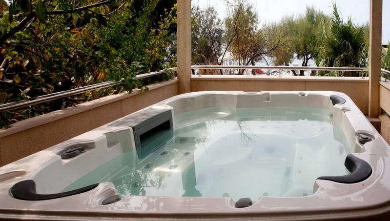 Kokolo apartment with jacuzzi, holiday rental in Stanici
