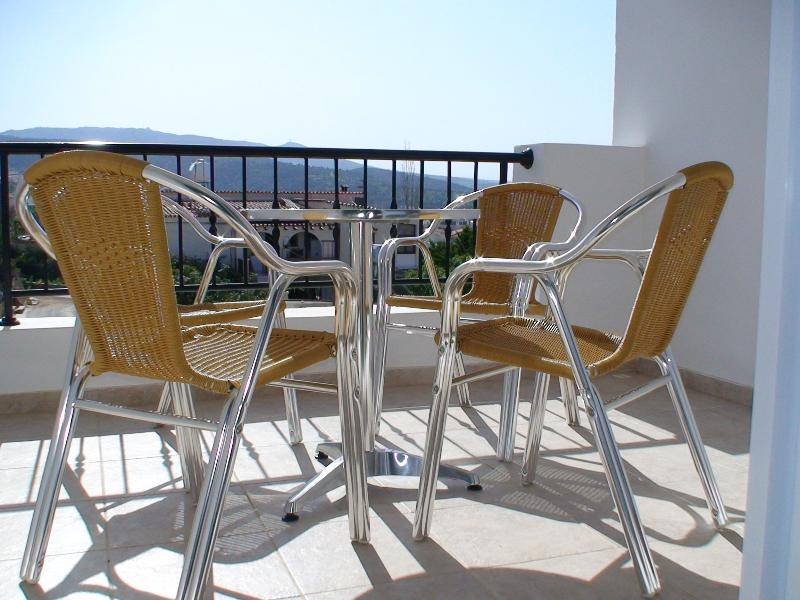 PEYIA COTTAGES B, vacation rental in Peyia