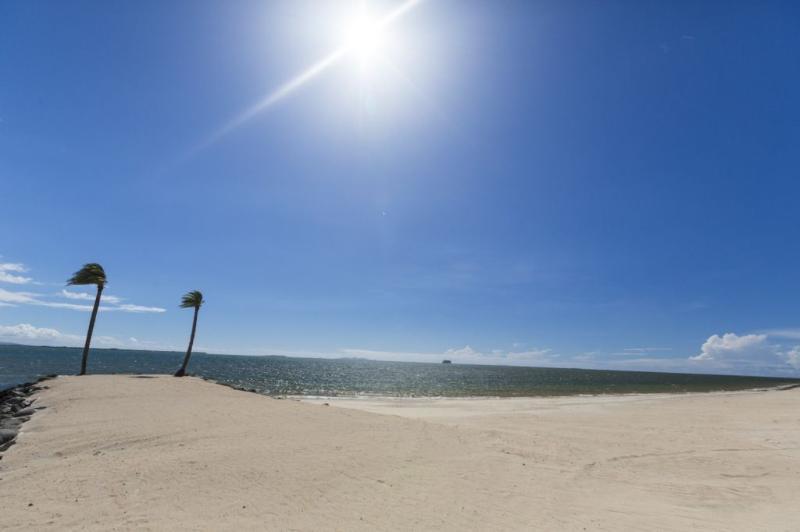 Naisoso Island Resort Villas private beach