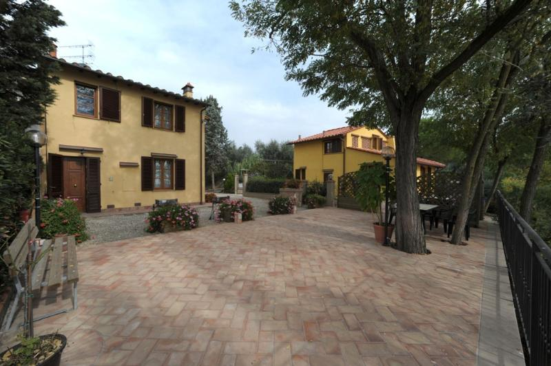 Gli Oleandri - Casa Vacanze, Ferienwohnung in Castelfiorentino