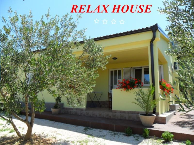 RELAX HOUSE WITH BEAUTIFUL SEA VIEW...