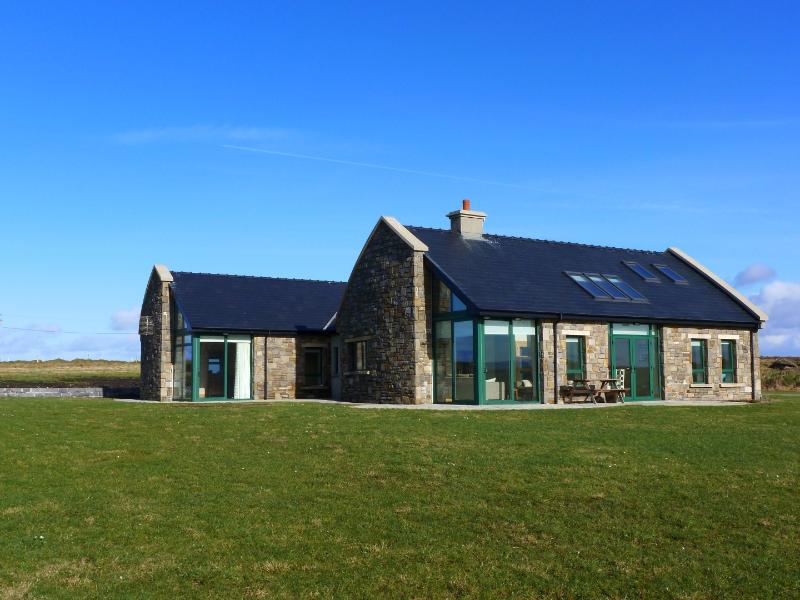 4 Bedroom Holiday Home – semesterbostad i County Mayo