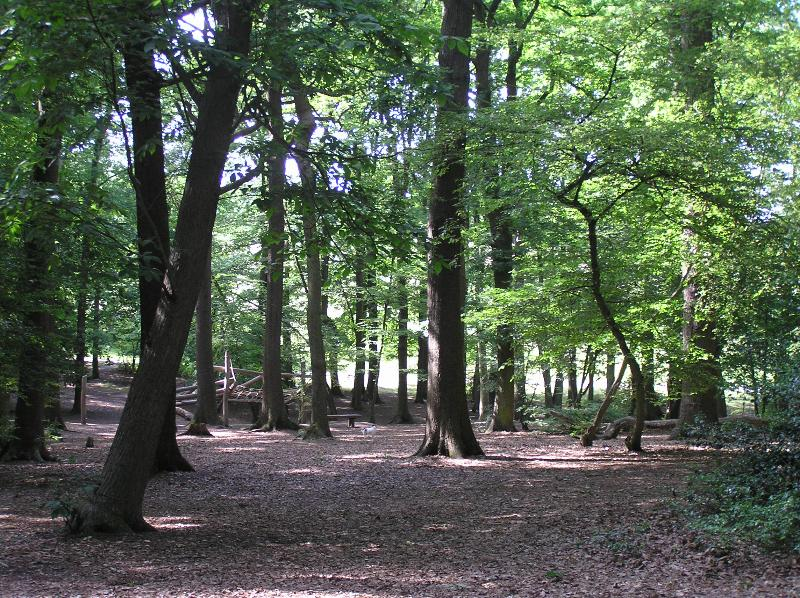 Grovelands Park - just 5 minutes walk from The Stables