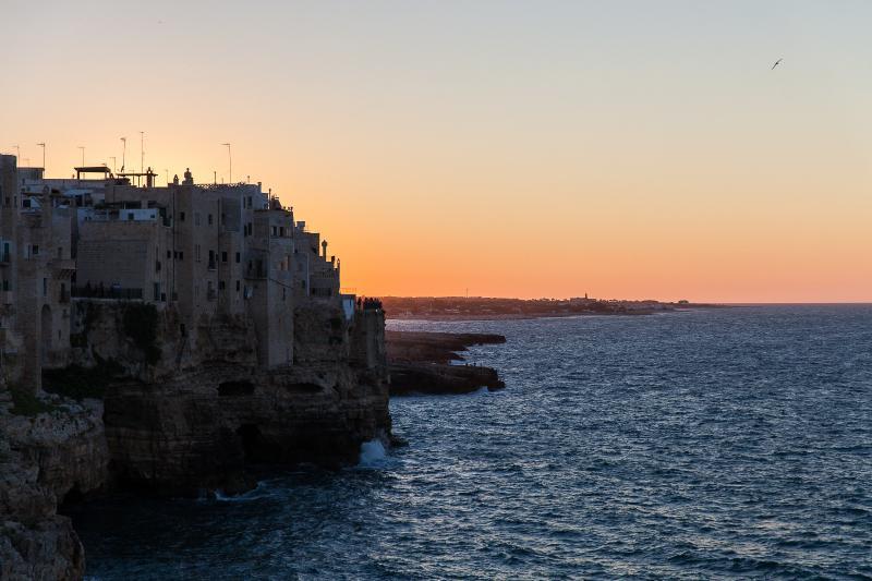 Il tramonto di Polignano a Mare