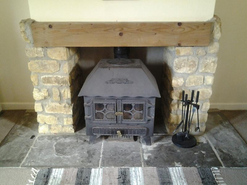 Buckingham Cottage - Log Burner