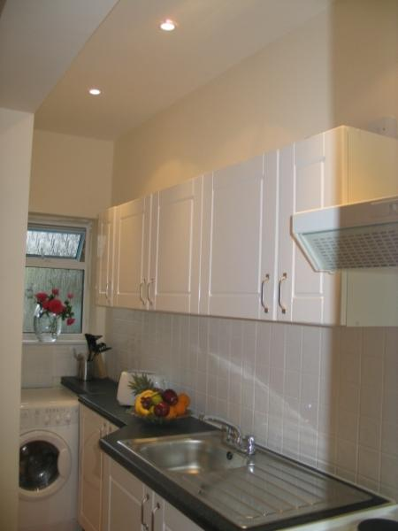Full Kitchen and washer/Dryer