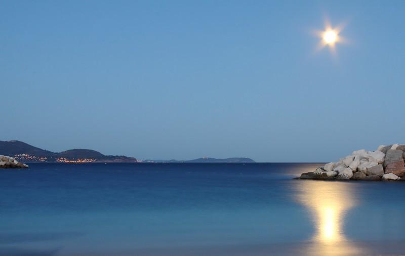 Studio plage à Toulon, aluguéis de temporada em Toulon