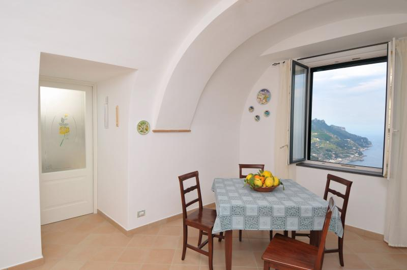 Tommaso House dining room