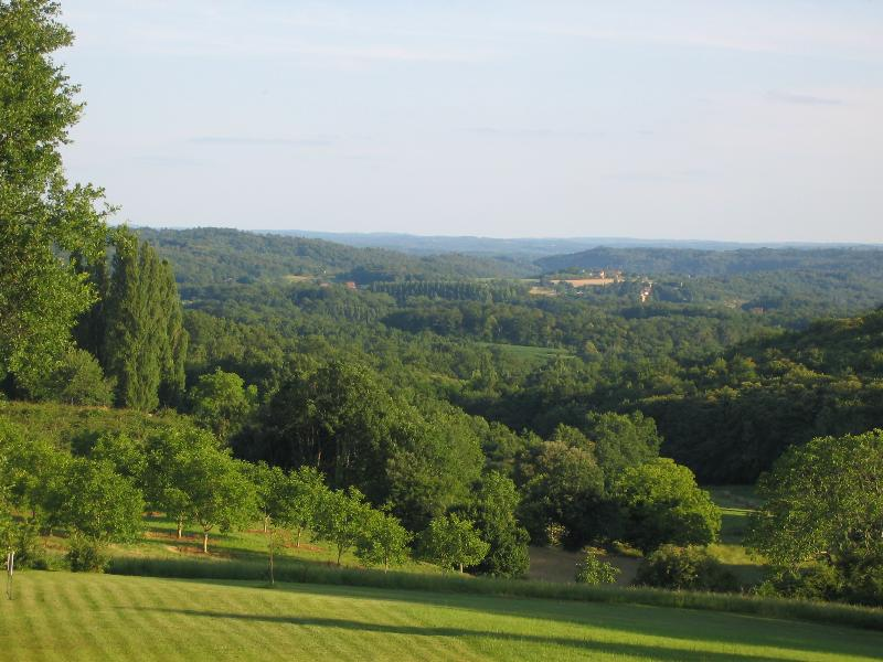view over the garden and the Dordogne valley beyond