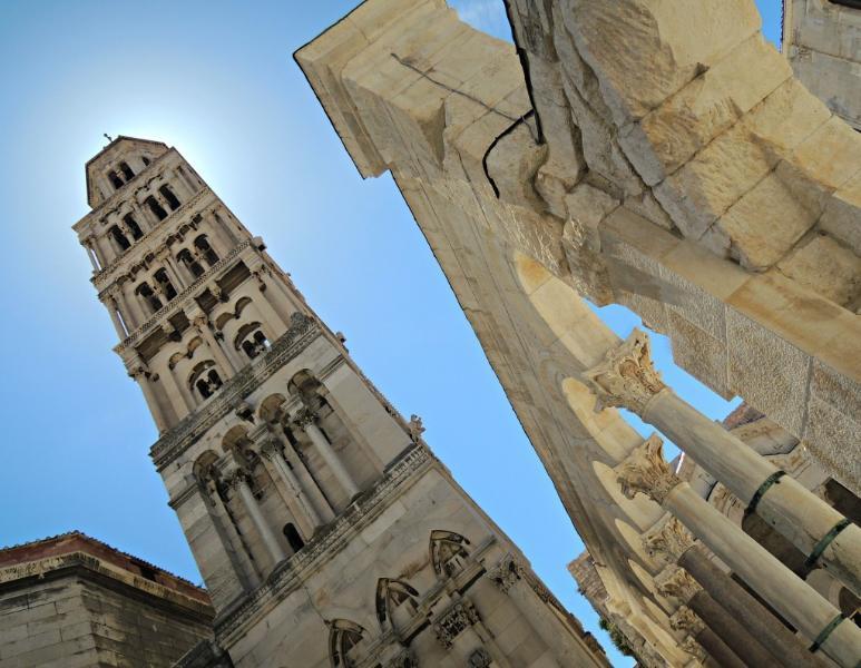 A Catedral de Saint domnio originalmente construído como um mausoléu de Diocleciano