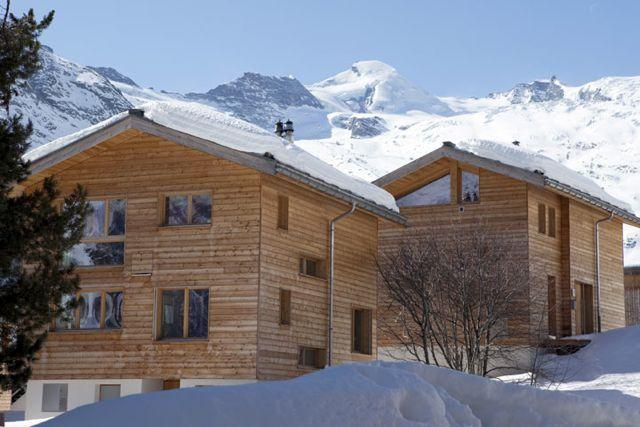 Luxury 5 Bed room Ski Chalet, Saas Fee, location de vacances à Saas-Fee