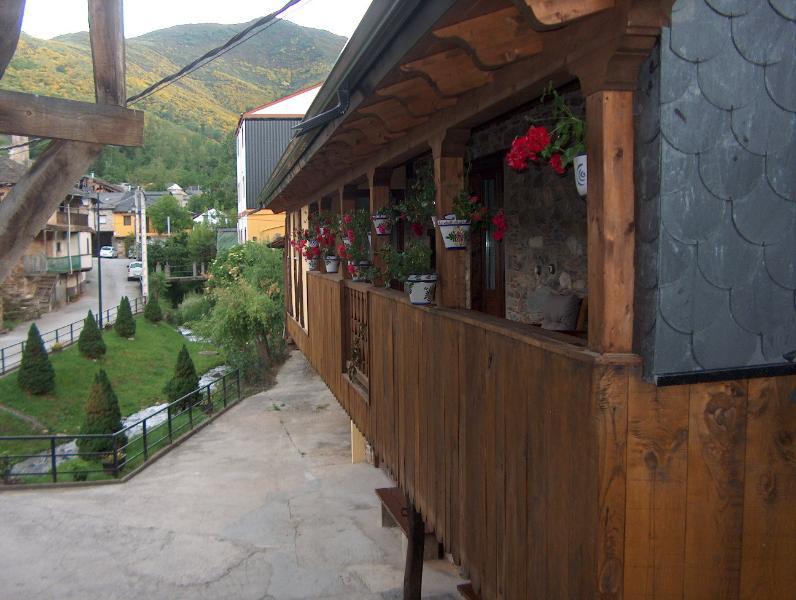 La Casona de la Villa, vacation rental in Ozuela