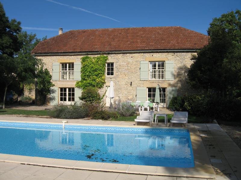La Grange & Pool