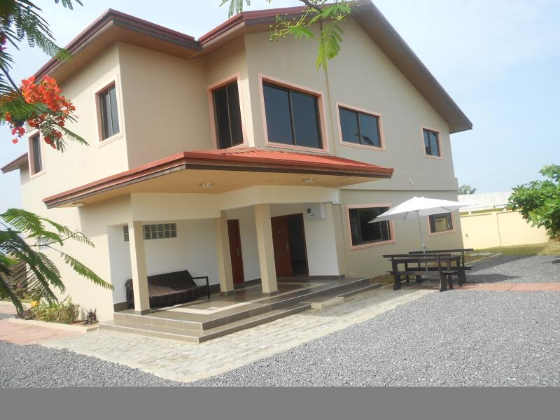 Tillys Villa  5 bedrooms in Ghana, vacation rental in Greater Accra