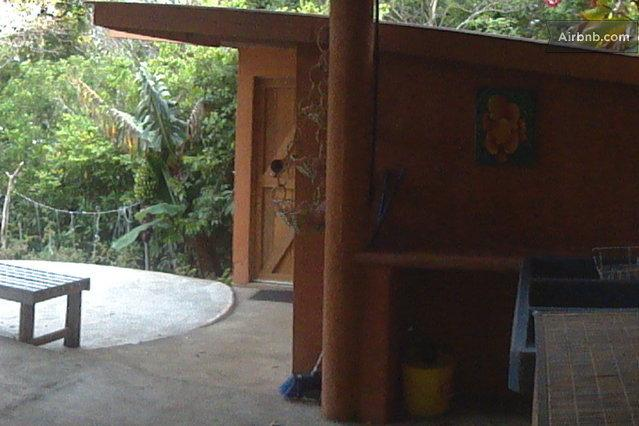 Arenal Fun Classy w/ kitchen, vacation rental in Guayabo