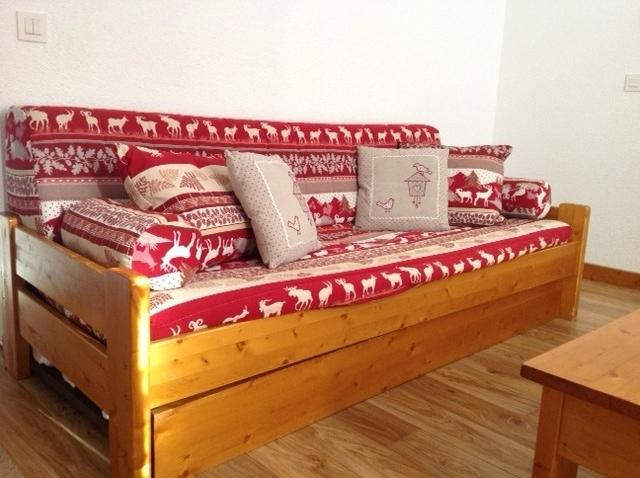 Savoyard sofa (this has replaced the 1 in Living area picture)