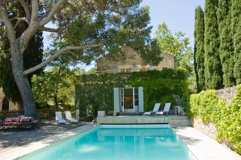 La Vieille Grange, In the charming village of Roquebrun, on the banks of the Orb, holiday rental in Vieussan