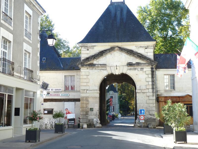 Porte de Chatellerault -entrance to Park, few minutes walk from house.