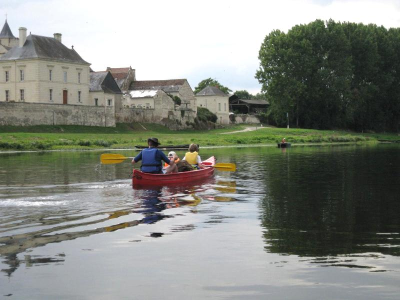 Canoeing at Chinon (canoes and bikes can be hired)