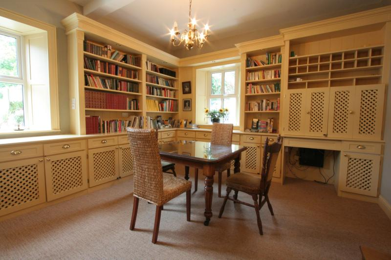Library Room with integrated computer desk