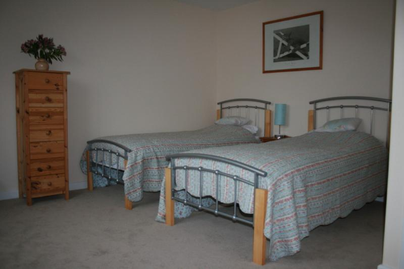 Twin bedroom, with additional z-bed