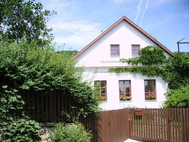 Holiday House - Sazava, holiday rental in Velke Popovice