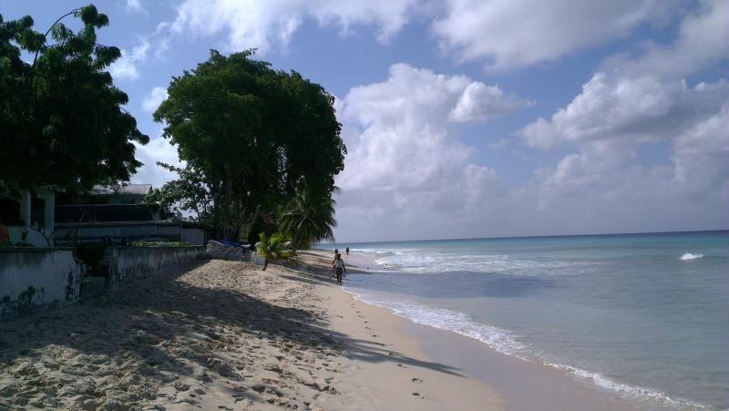 Spiaggia Fitts Village, St James