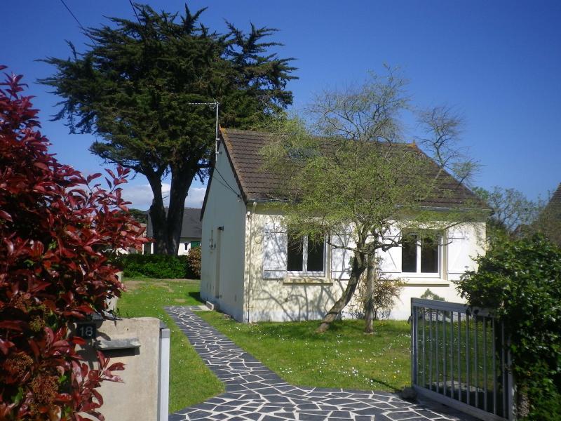 Beach House, alquiler de vacaciones en Saint-Jean-de-la-Riviere