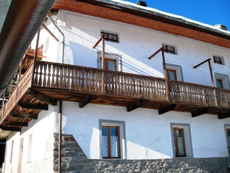 CASA VACANZE INVERNALI ED ESTIVE, vacation rental in Etroubles