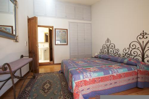 Main bedroom and ensuite bathroom including stand up enclosed modern shower with great pressure