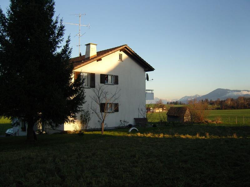 Main view with garden to mountains