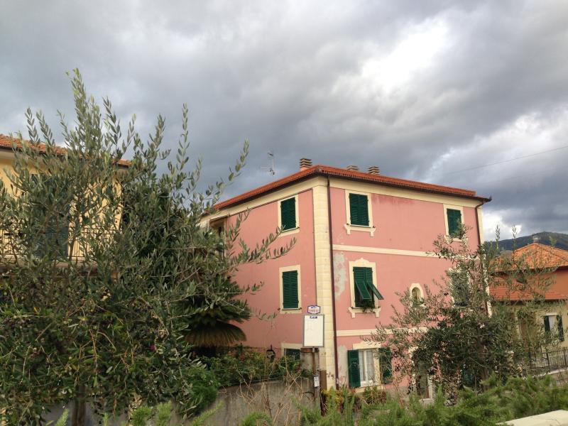 Just renovated flat. Very nice, vakantiewoning in Riva Trigoso