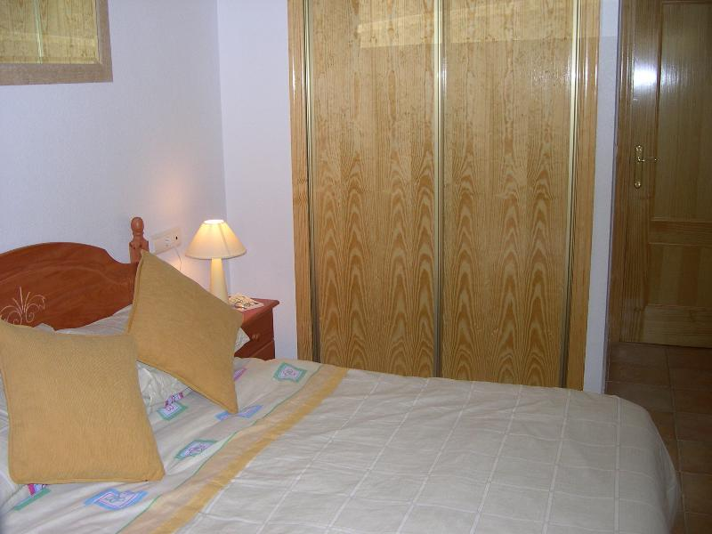 Double bedroom with large fitted  built inwardrobe