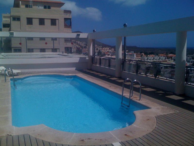 Amazing roof top pool
