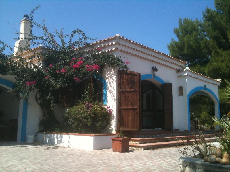 VILLA jAMILA, holiday rental in Paglianza