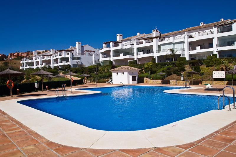 El Bosque La Mairena, Elviria, 2 bed, 2 bathroom, holiday rental in Marbella