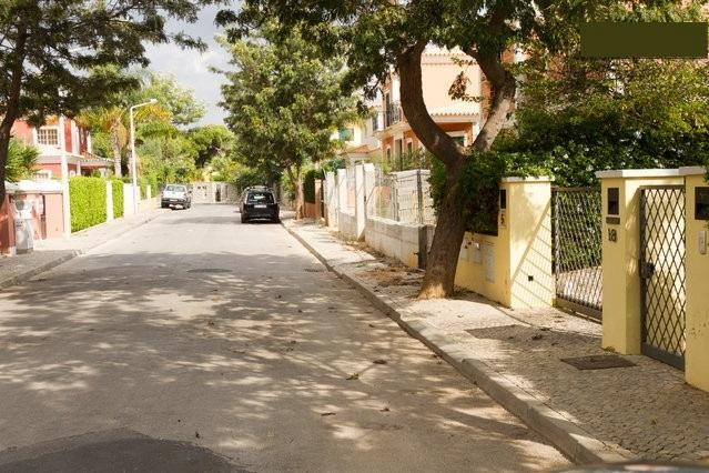 The view from the street: it is a very quiet and safe area to park the car