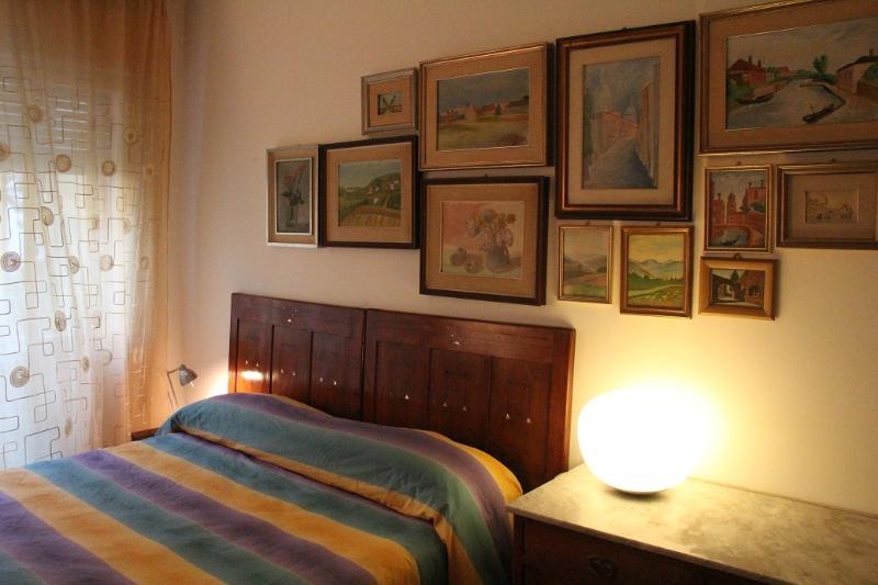 camera da letto old style 03