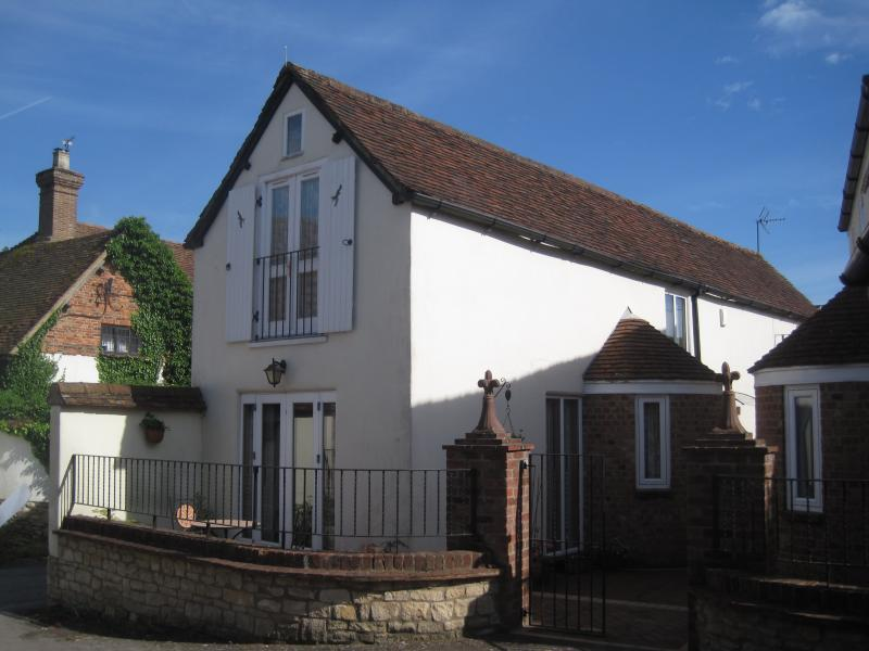 Wychert Cottage, holiday rental in Long Crendon