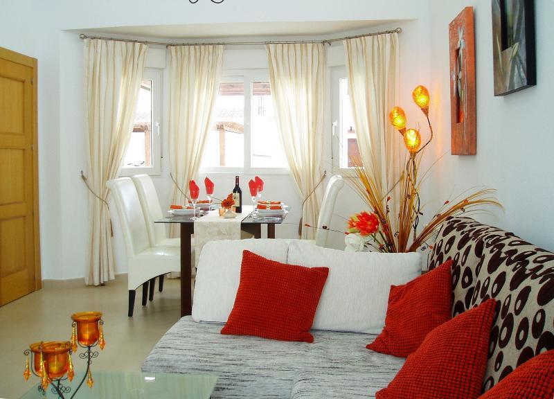 Elegant lounge diner
