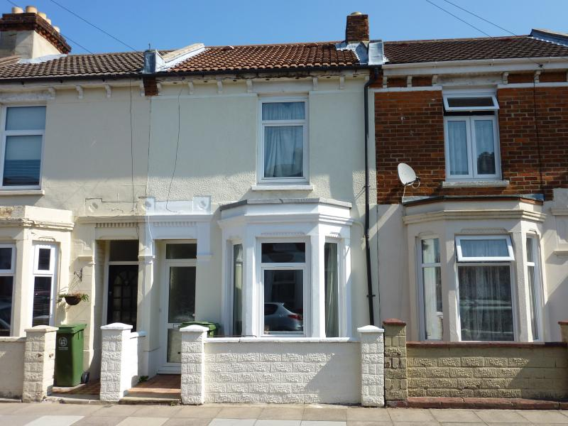 Victorian Mid Terrace, holiday rental in Portsmouth