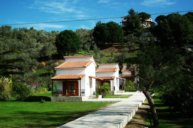Skiathos Calma Cottages, holiday rental in Skiathos