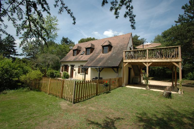 Grape Cottage (top floor)