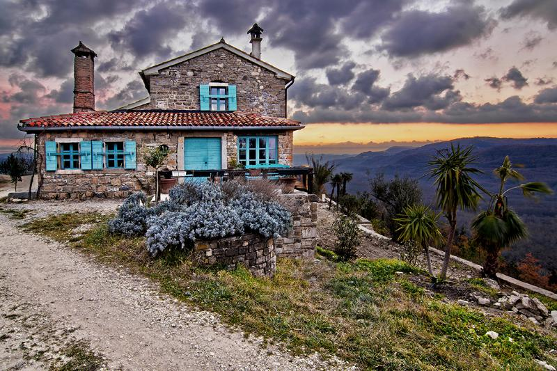 Villa Sancta Maria Motovun - entrance