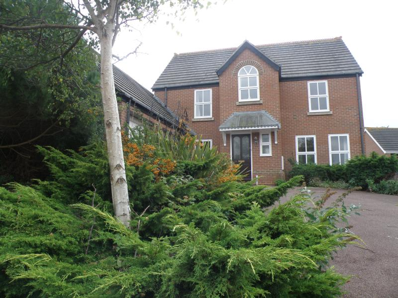 Henley House, holiday rental in Weymouth