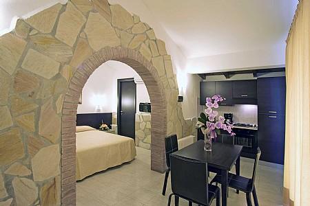 Casotto di Venezia Villa Sleeps 4 with Pool and Air Con - 5228889, holiday rental in Principina Terra