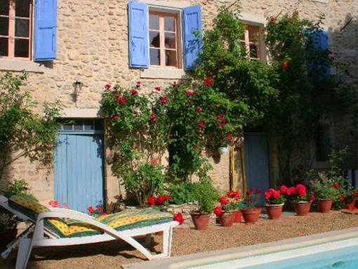 Façade fleuri du Jardin - Garden and Flower