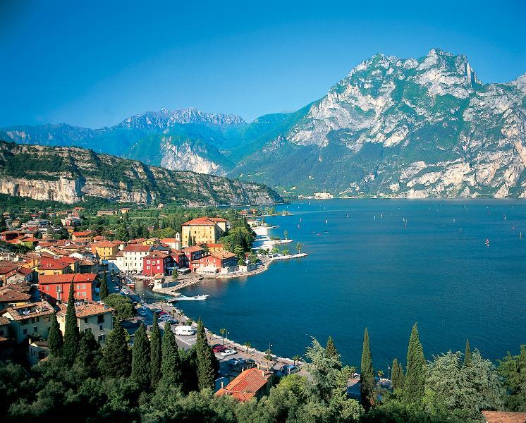 Lake Garda, Stunning, now with Gardaland amusement park too