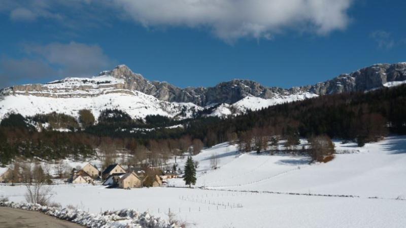 great hiking trails, check out  the 'Grande Traversée du Vercors'  vercors-gtv