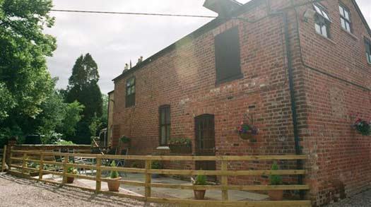 Mill Barn, Patio area
